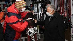 Kayseri'de Başkan Büyükkılıç'a Zirvede Esnaflardan Sıcak Karşılama!
