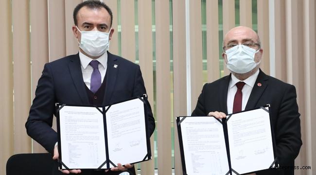 Kayseri Üniversitesi ile Kayseri SMMMO Arasında işbirliği protokolü imzalandı!