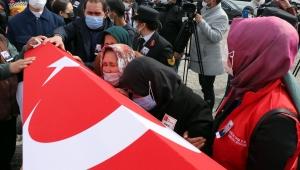 Helikopter kazasında şehit olan Tolga Demirci, Kayseri'de toprağa verildi!