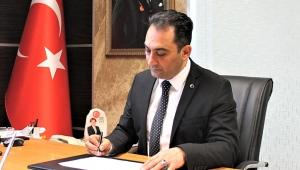 """İYİ Partili Sebati Ataman Soruyor, """"aşı yok ne zaman geleceği belli değil"""" deniliyor mu?"""