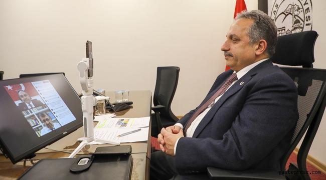 Kayseri Talas Belediye Başkanı Yalçın ve Hayati İnanç Online Sohbet Etti!