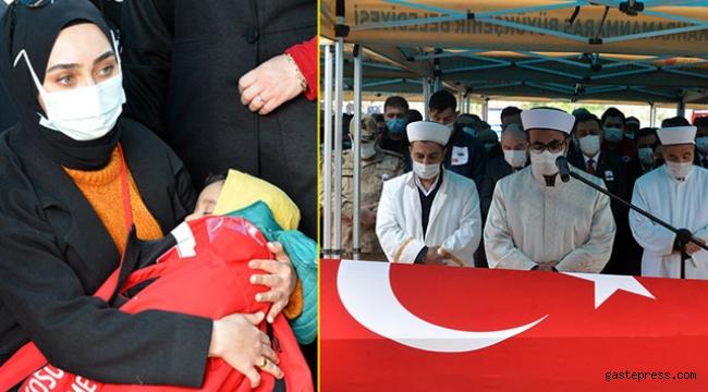 Şehit Mehmet Demir'in cenaze namazını dayısı kıldırdı!