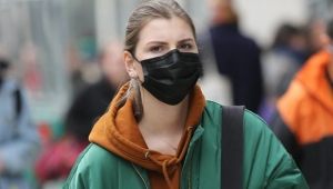 ABD'de tamamen aşılanmış kişiler maskesiz dolaşabilecek!