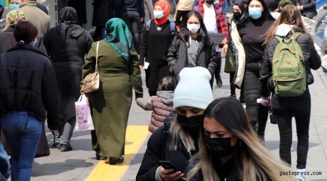 Kayseri'de ramazanın ilk gününde alışveriş yoğunluğu!