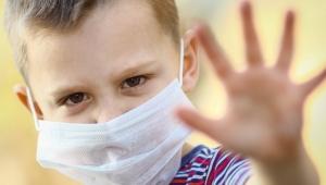 Koronavirüs pandemisi çocukların akıl sağlığını kötü etkiledi!