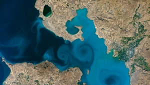 Van Gölü'nün uzaydan fotoğrafı yarışmasında, NASA'nın sitesi çöktü!