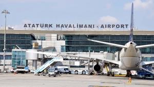 İş jeti Atatürk Havalimanı'na acil iniş yaptı!