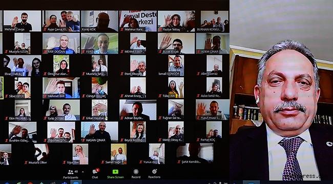 Kayseri Talas Belediye Başkanı Mustafa Yalçın, Videokonferanla Bayramlaştı!