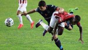 Sivasspor - Başakşehir maçında gol sesi yoktu!