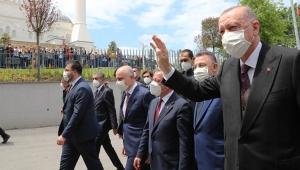Cumhurbaşkanı Erdoğan'dan, Camilerimizi hedef almaktan çekinmiyorlar!