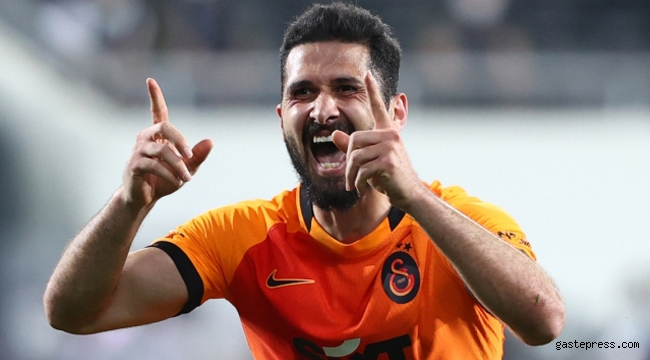Galatasaray'da imza sırası Emre Akbaba'da!