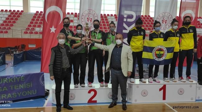 Kocasinan, Süper Lig'de Şampiyonluğunu kıl payı kaçırdı!