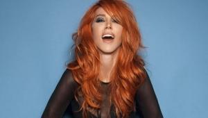 Şarkıcı Hande Yener meme kanserine yakalandı!