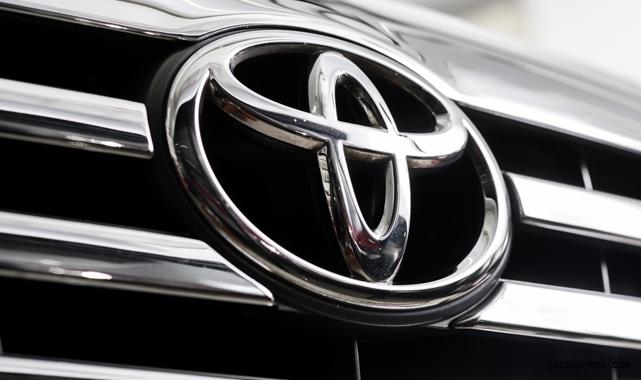 Dünyada Toyota yarı iletken çip sıkıntısı ve Kovid-19 etkisi nedeniyle küresel üretimini düşürüyor!