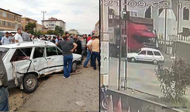 Kayseri'de TIR ile otomobilin çarpıştığı kaza güvenlik kamerasında!
