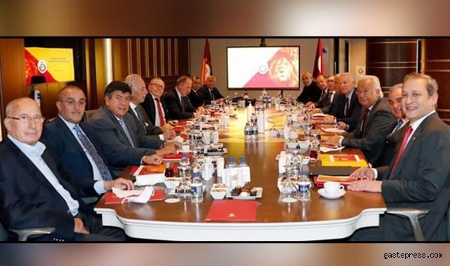 Galatasaray Yüksek İstişare Kurulu ilk kez toplandı!
