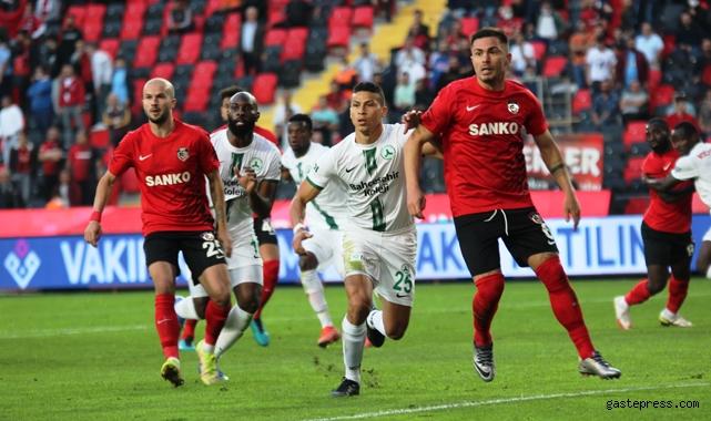 Gaziantep FK, Giresunspor karşısında 1 puanı uzatmalarda kurtardı!