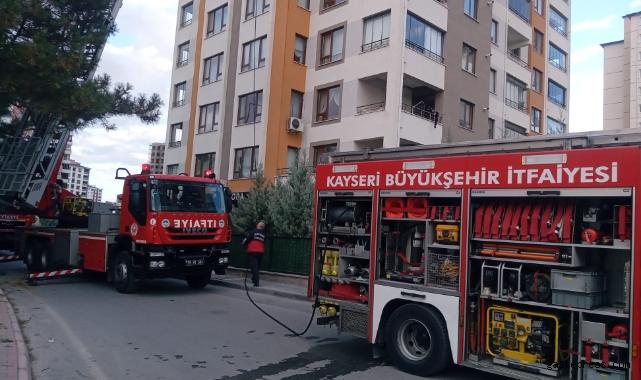 Kayseri'de 13 katlı apartmanda yangın!